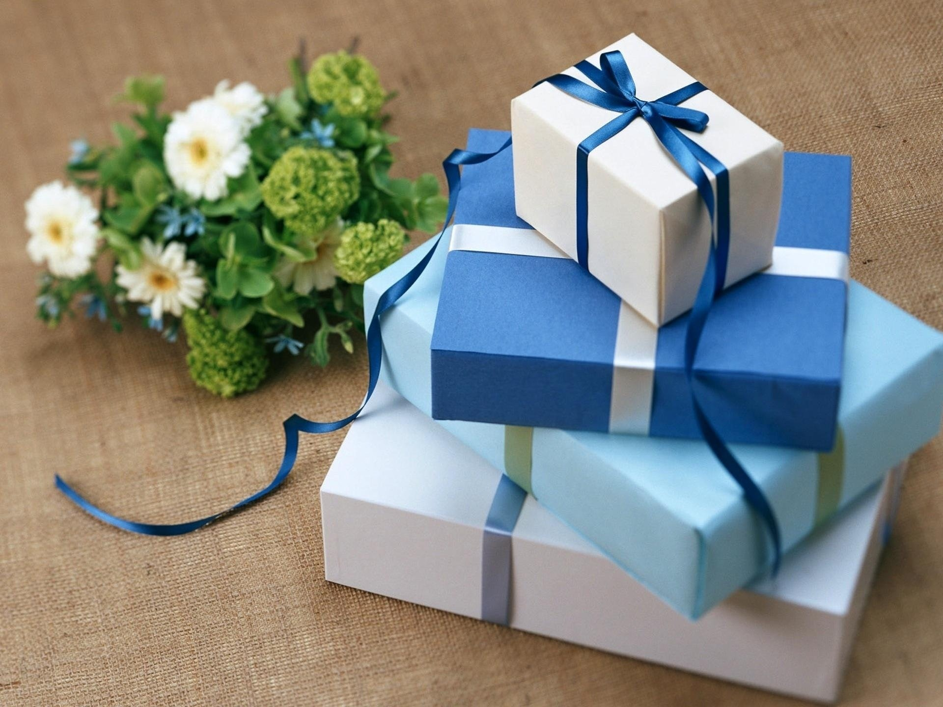 3 Steps to Promoting Your Brand Through Thoughtful Gifting